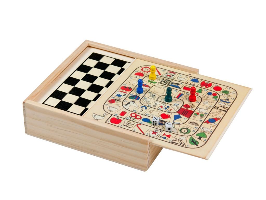 Scatola in legno con 8 giochi da tavolo maps promotion - Scatola portafrutti da tavolo ...